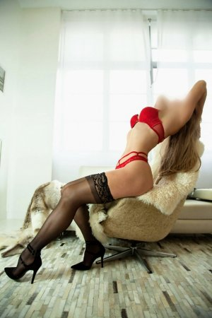 Manouchka outcall escorts