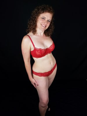Pomme live escorts in Half Moon Bay